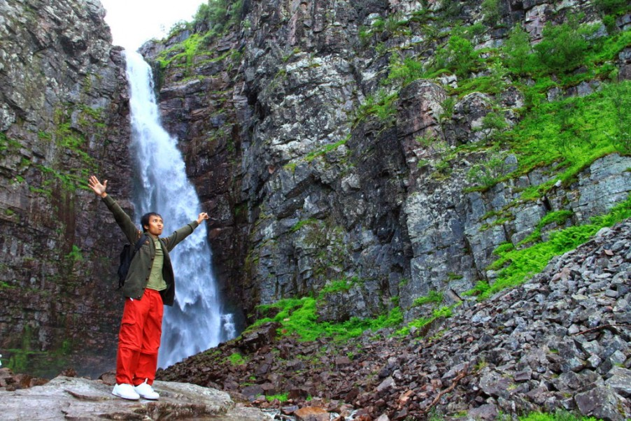 the highest waterfall in Sweden