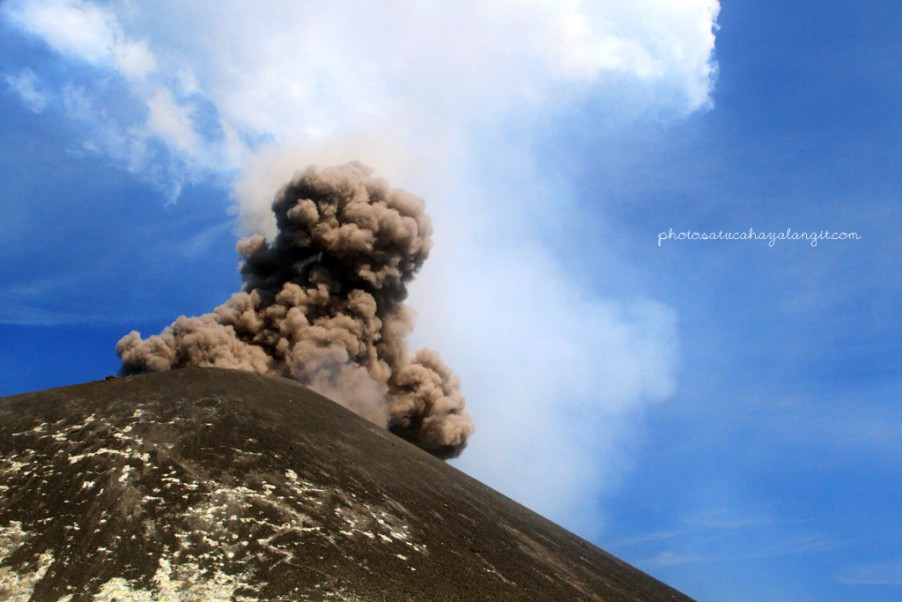 Mt.Anak Krakatau eruption