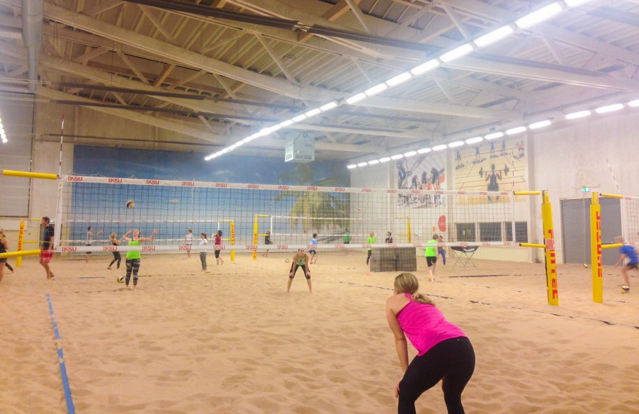 Indoor beach volleyball at Iksu sport