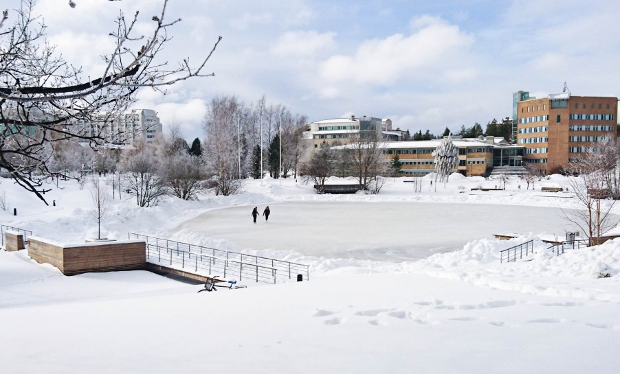 Ice skating in front of Umeå University