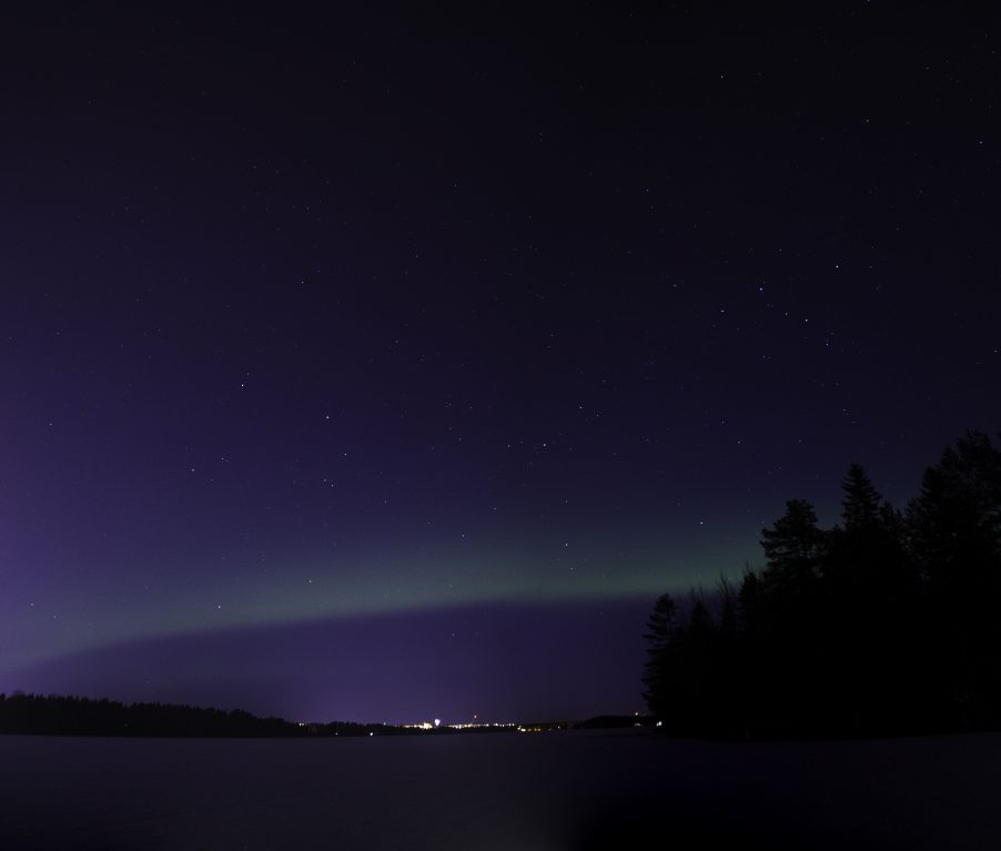 Northern_lights_umea