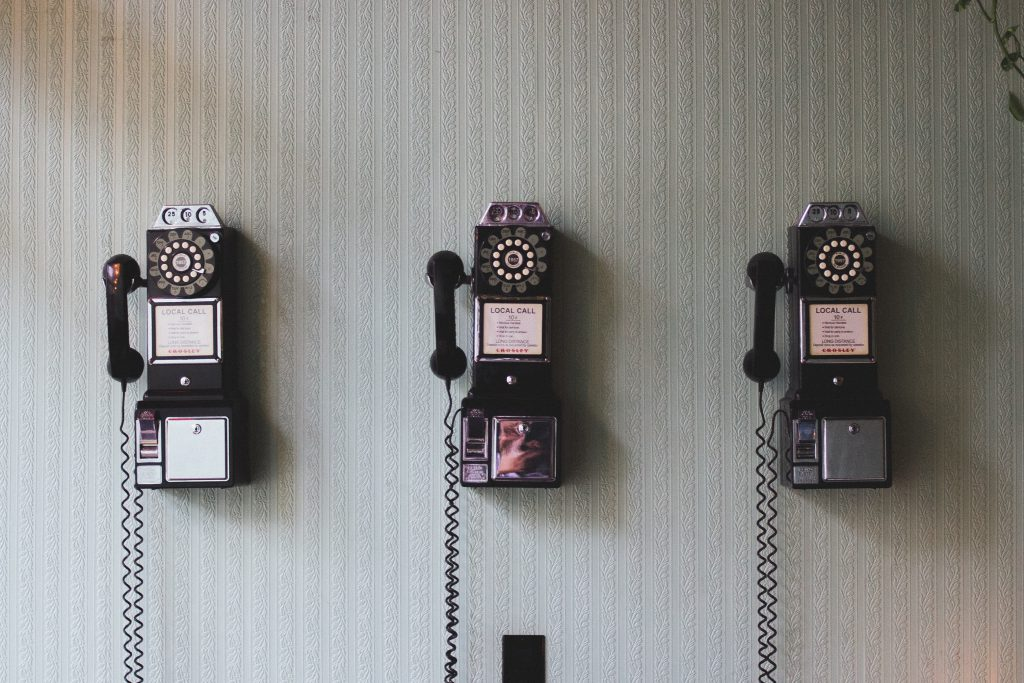 Vintage phones, Source: Unsplash, Pavan Trikutam