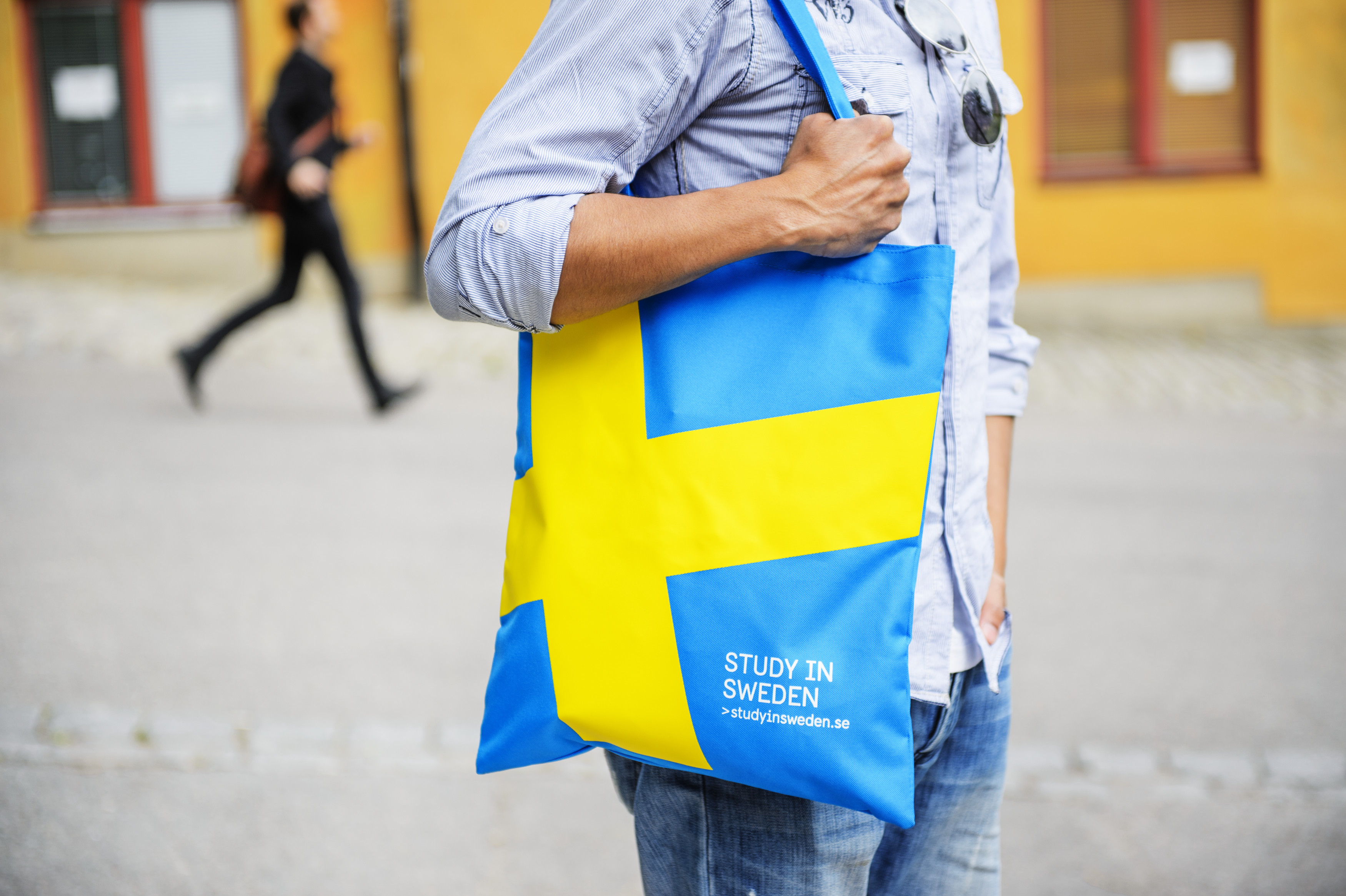 scandinavia chat I would say from my viewpoint of sweden (wide social network, insight into a lot of different fields of society) that your use of social media and chat apps depend on a few factors in sweden pensioners and middle aged working class to middle cla.
