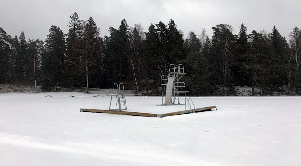 Frozen lake in Fjällnora Friluftsområde