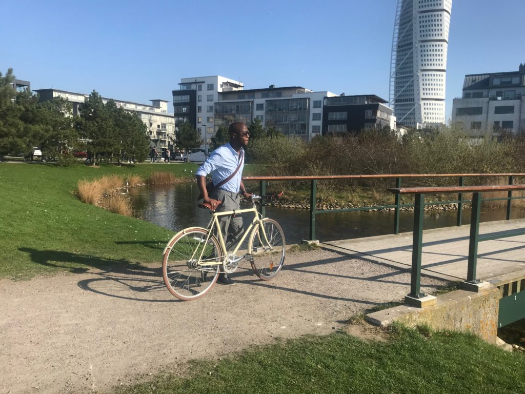 Cycling to the Turning Torso
