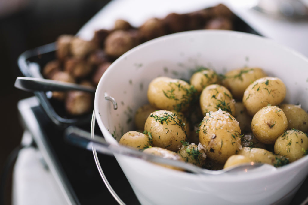 Boiled potatoes with dill (Source: Alexander Hall/imagebank.sweden.se)