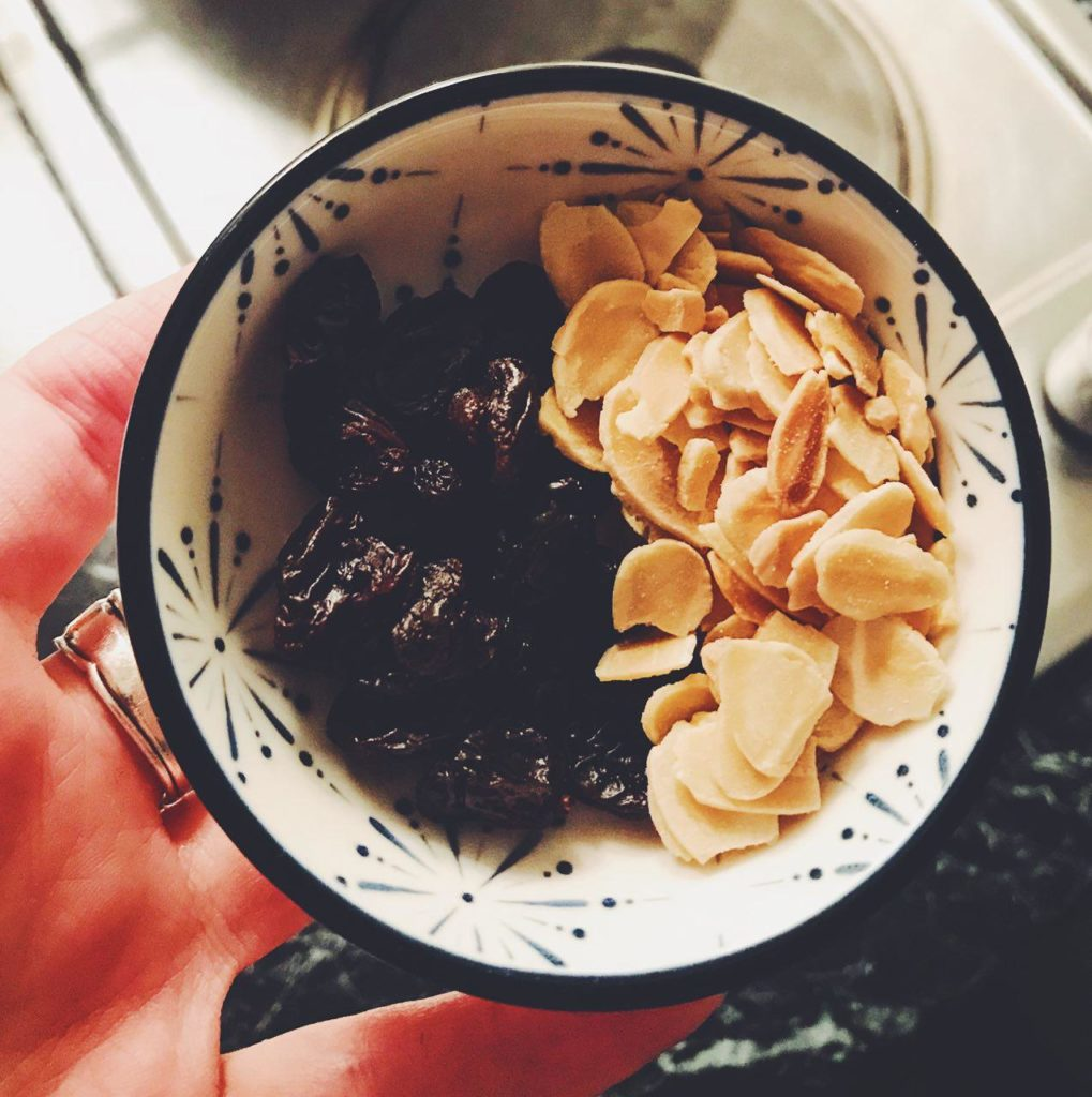 Raisins and planed almonds