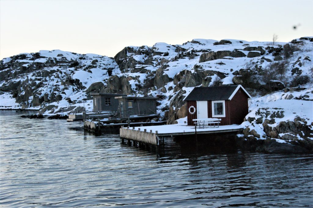 Small houses on the islands/ Credit: Katharina