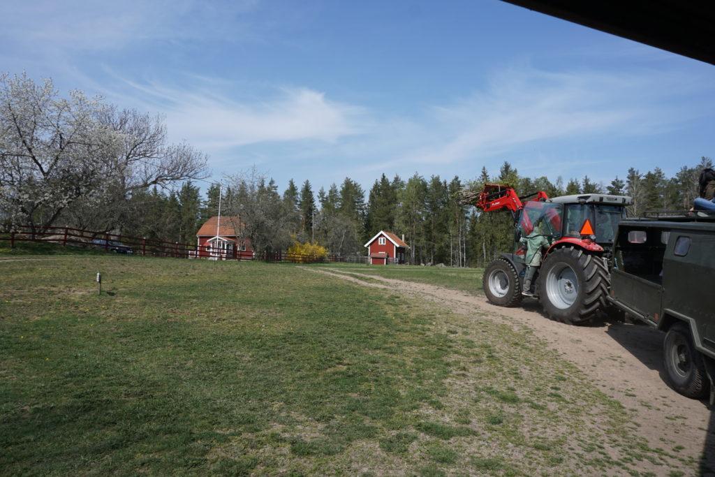 tractor/ Credit: Katharina